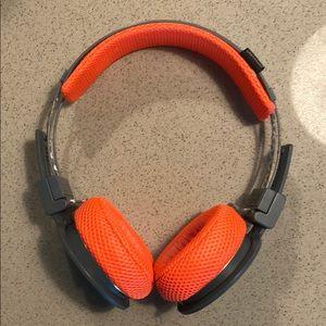 Urbanears Active HELLAS Bluetooth headphones
